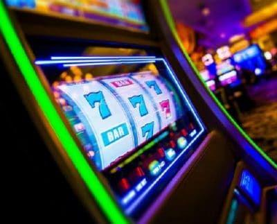 The entertaining factors of the online slots